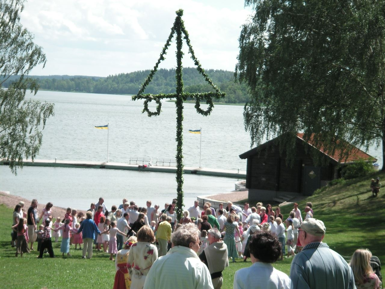 Celebrate Midsummer at KustCamp Gamleby