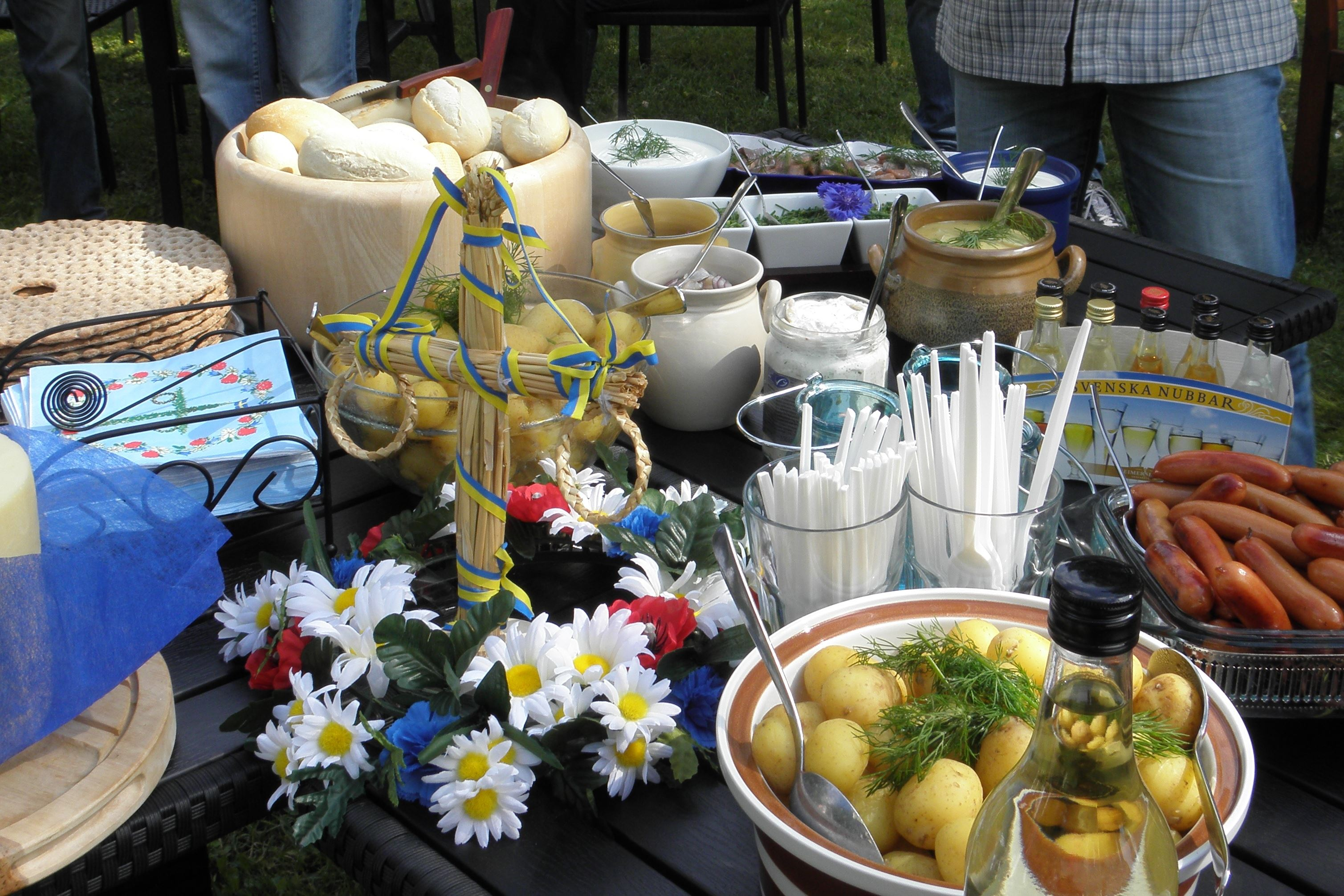 Fira midsommar på KustCamp Gamleby - Camping