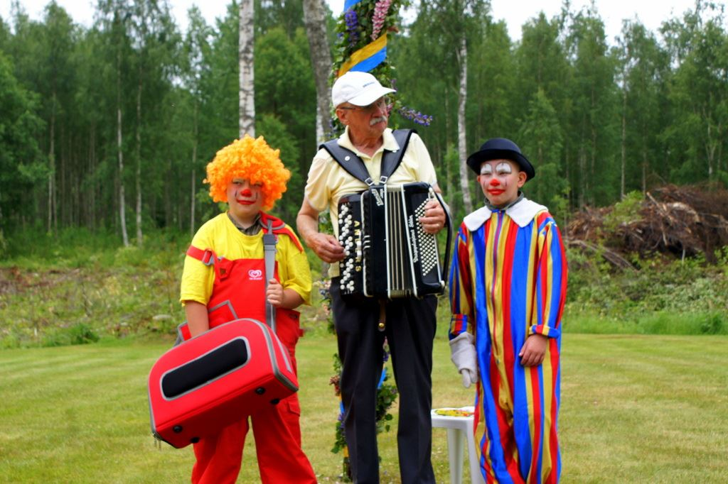 Celebrate midsummer at Otterbergets Bad och Camping!