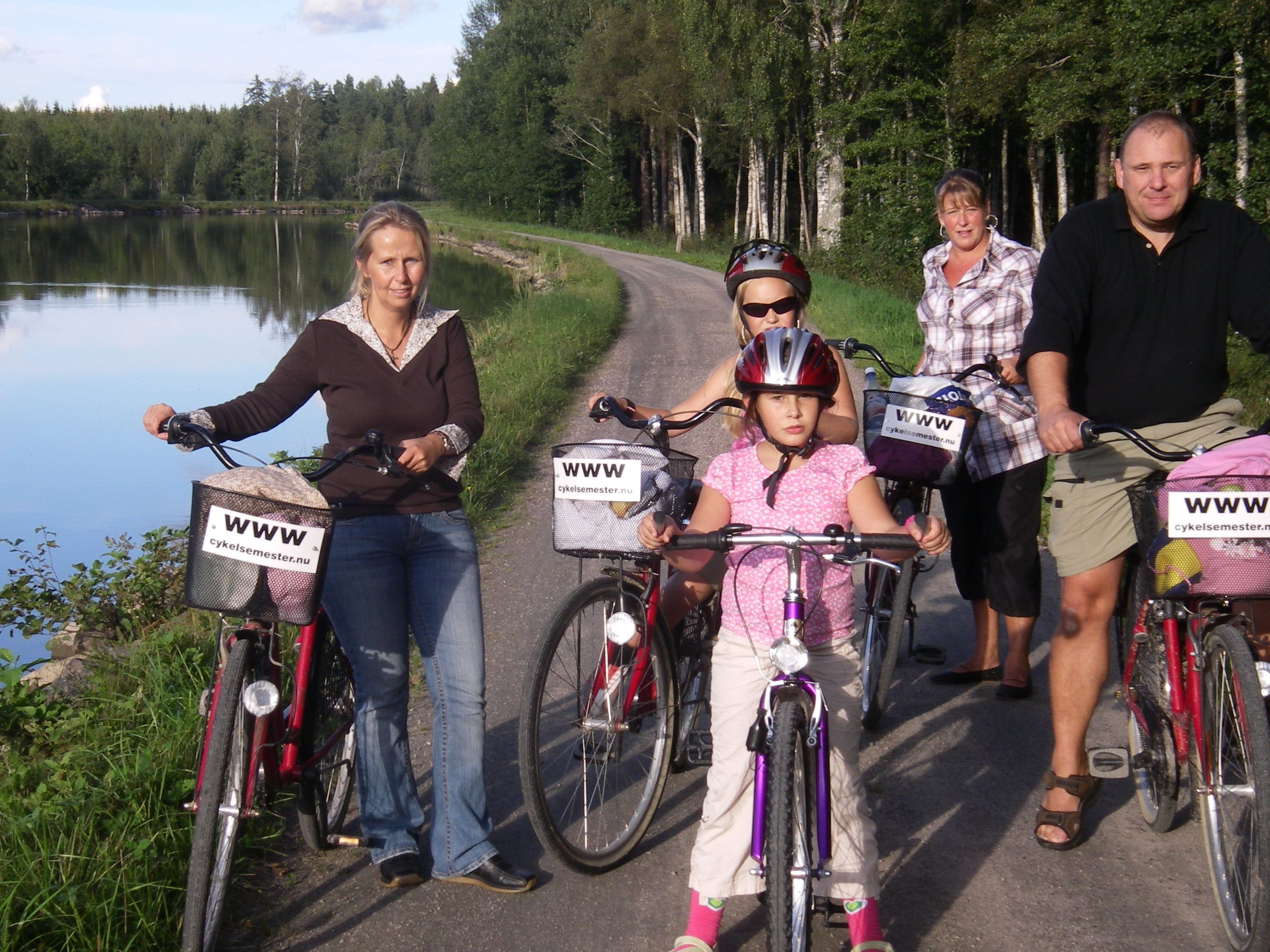 Family adventure, by bike, along the Göta Canal