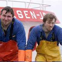 Experience the real Lofoten fisheries and spend 3 days in a authentic rorbu.