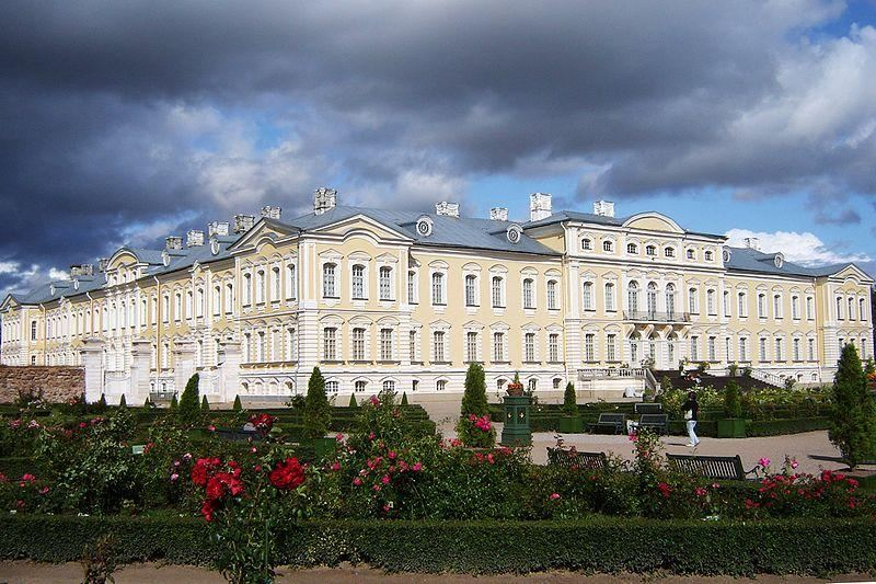 Tour to Rundale Palace (6 hours)