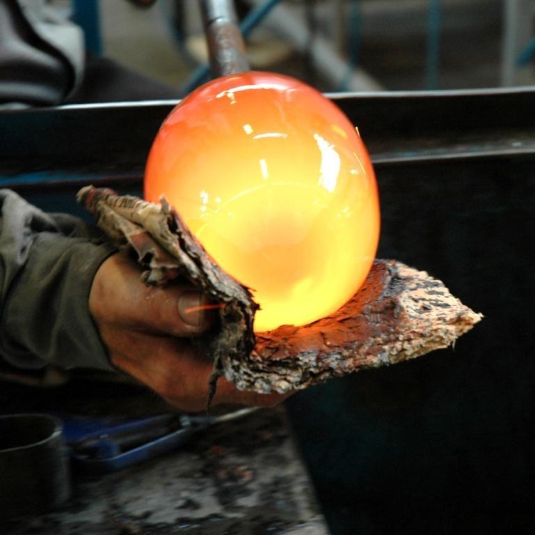 Peter Tinnert,  © AB Glasriket, Kosta Glassworks