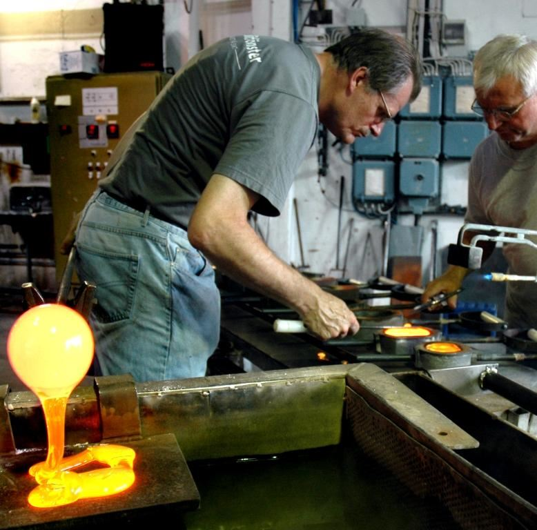 Peter Tinnert,  © AB Glasriket, Målerås glasswork