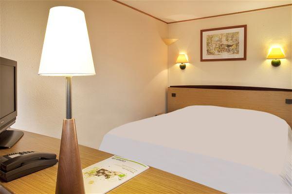 Hôtel Campanile Toulouse Sesquières
