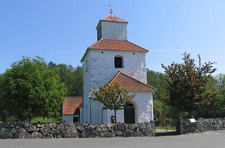 Fotograf: Peter Håkansson, Ivö kyrka sedd från väst