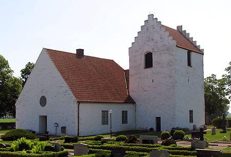 Fotograf: Peter Håkansson, Kiaby kyrka sedd från nordväst.