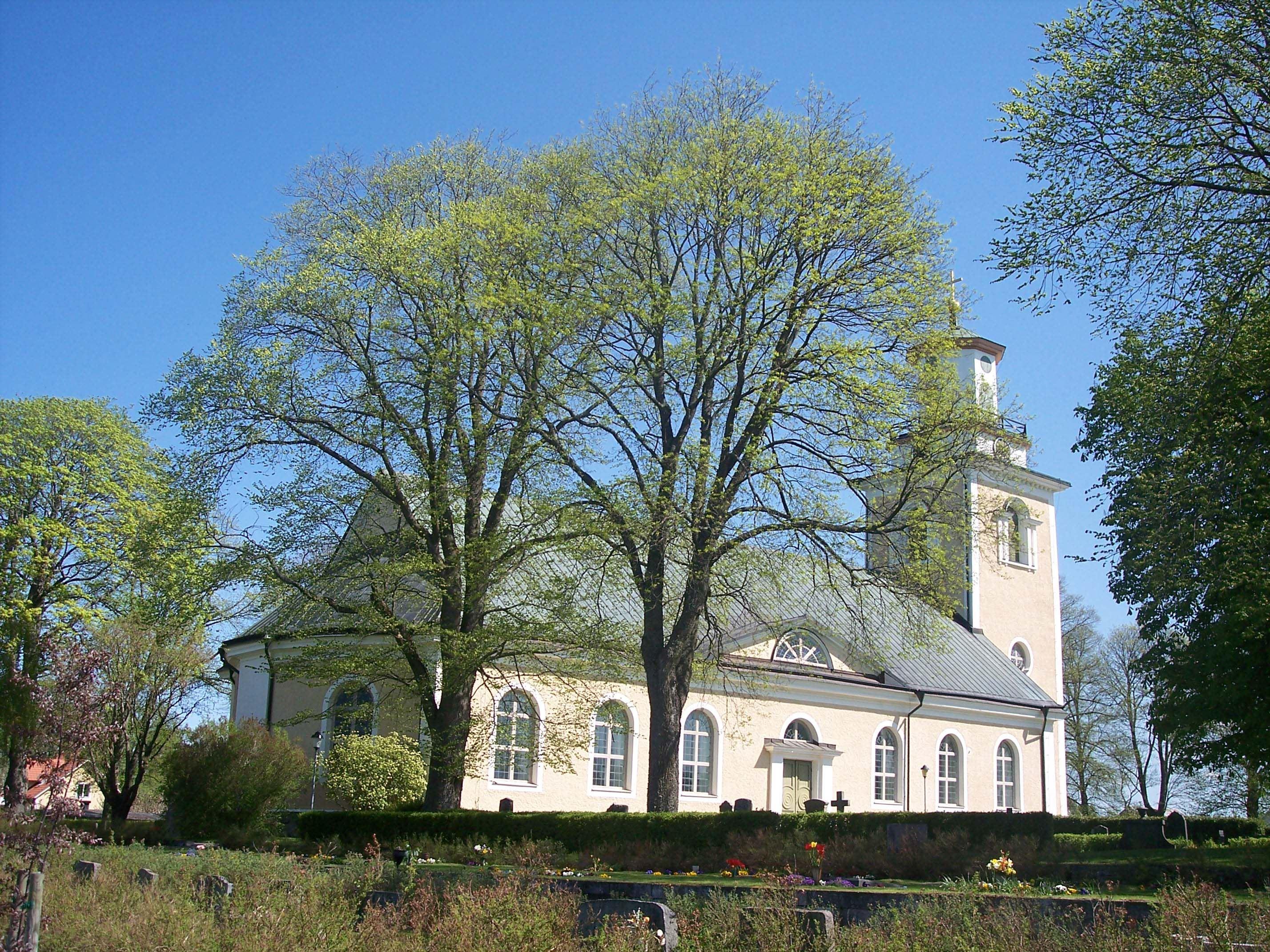 Mörlunda Kirche