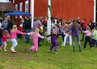 Midsummer celebration Ovanmyra