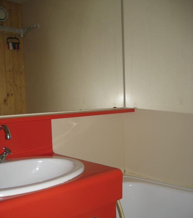 Lauzières 010 / Studio 3 people standard