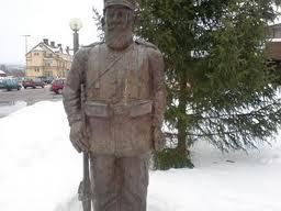 Statues in Orsa