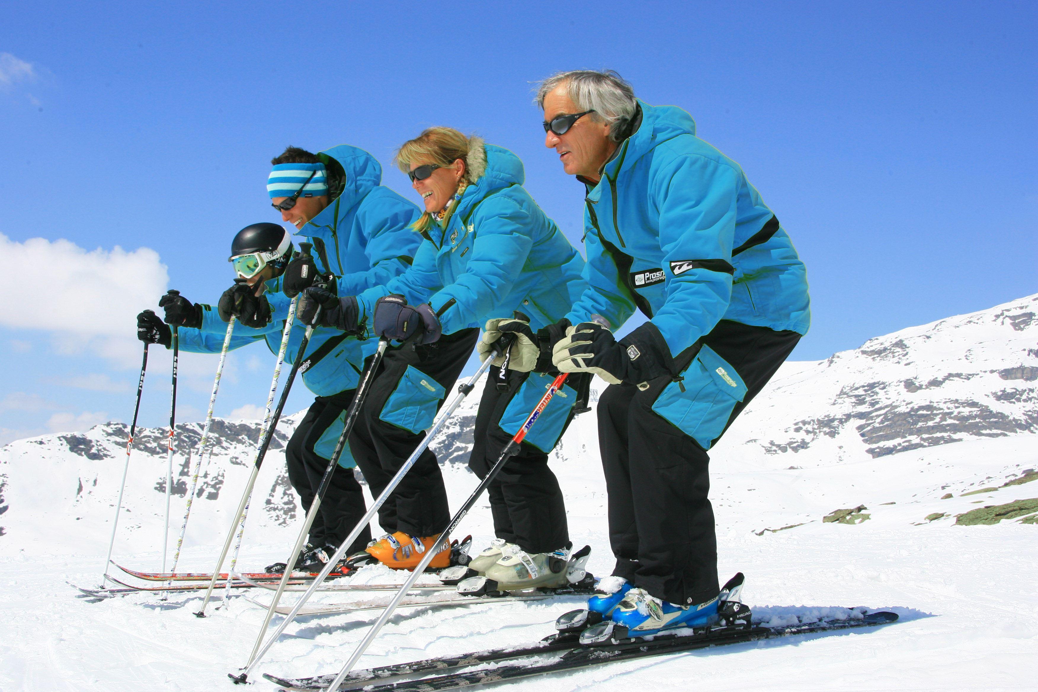 ECOLE PROSNEIGE SKI & SNOWBOARD - Les cours de ski collectifs journée