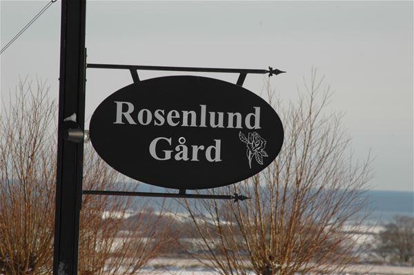 Boende på Rosenlund - trelängad Skånegård vid Hanöbukten.