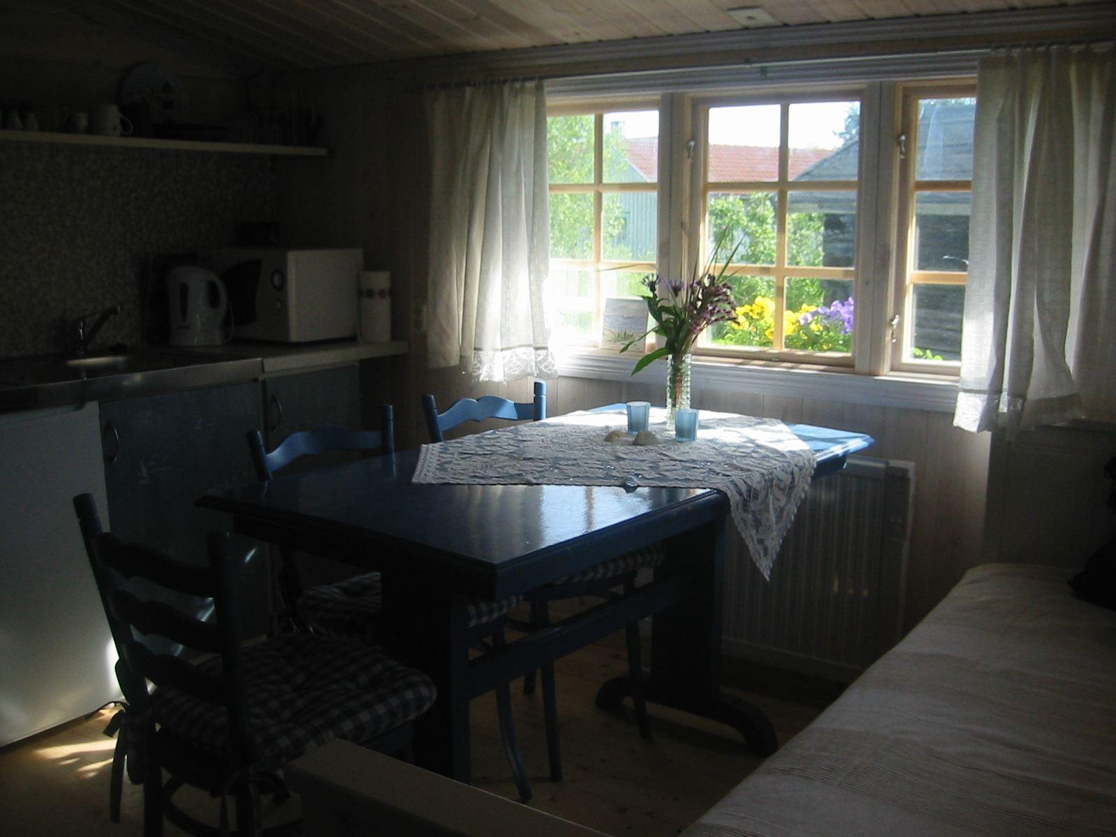 Bo & Kajak i Öregrund - stuguthyrning och aktiviteter