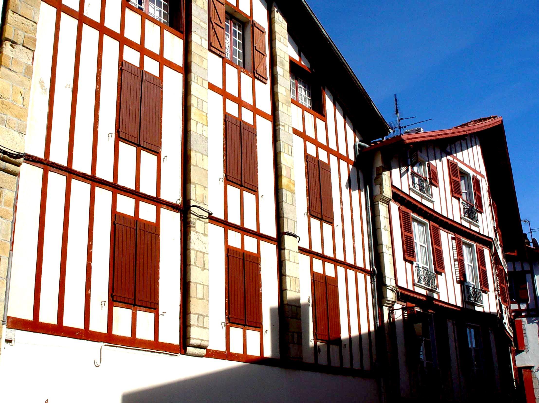 """Saint-Jean-de-Luz visite guidée """"Célébrités et Têtes Couronnées"""""""