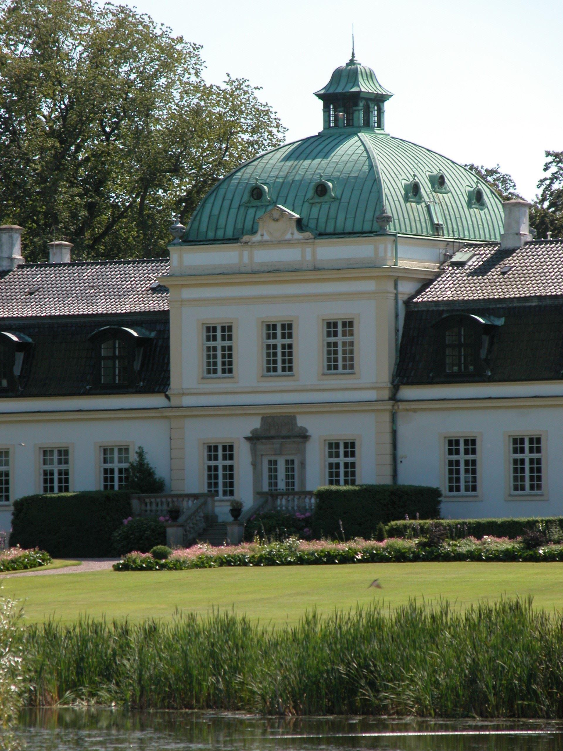 Jordberga Slott & Park