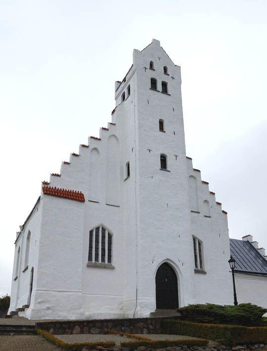 © Anderslövs Församling, Fru Alstads kyrka är häradets högst belägna kyrka, 62,3 meter över havet.