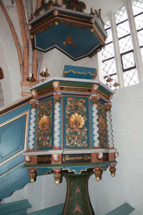 © Anderslövs Församling, Predikstolen kostade 100 daler silvermynt 1731, men sattes inte upp förrän 1739.
