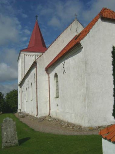 © Anderslövs Församling, Mittdelen av kyrkan är från 1100-talet