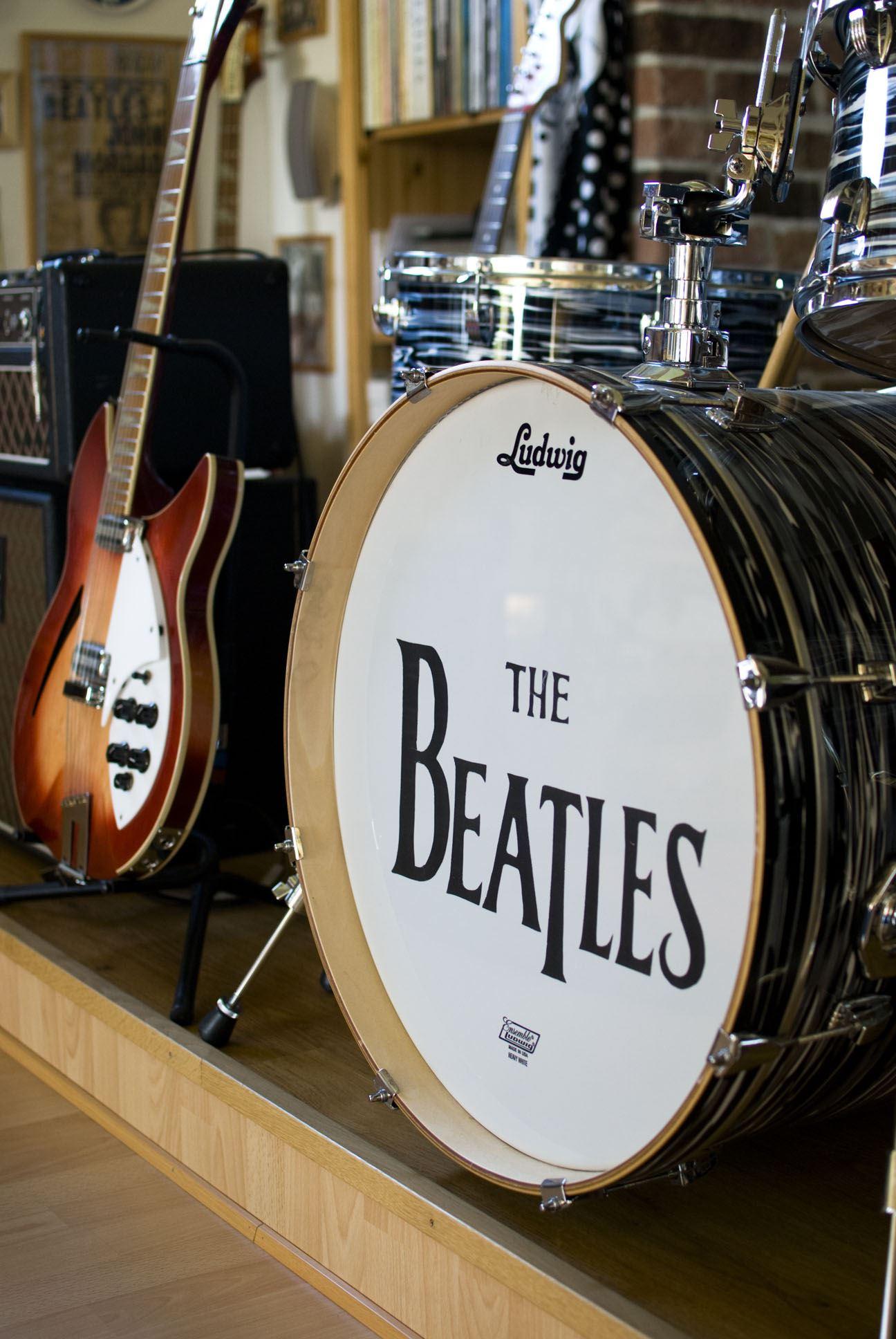 Therese Vorbau,  © Therese Vorbau, Allt för den inbitna Beatles-fantasten.