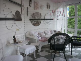 Studio Time and Space: art, refreshments and garden in Ljustorp