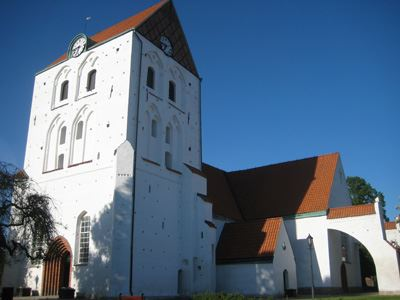 Heliga Kors kyrka (The church of the holy cross)