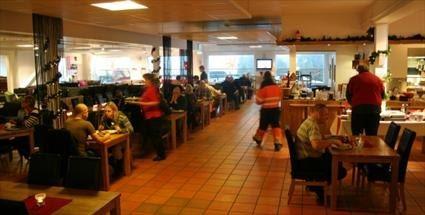 Restaurang & Café Sitt-In, Ekeby Möbelaffär