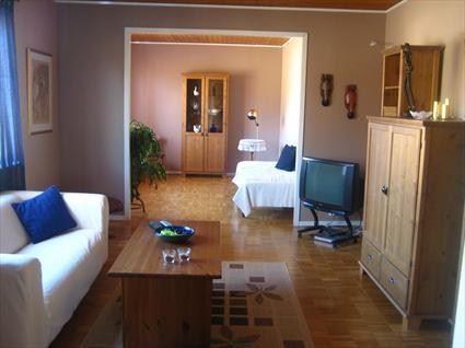 © J-Å Olsson, Apartment in City (  Jan-Åke Olsson )