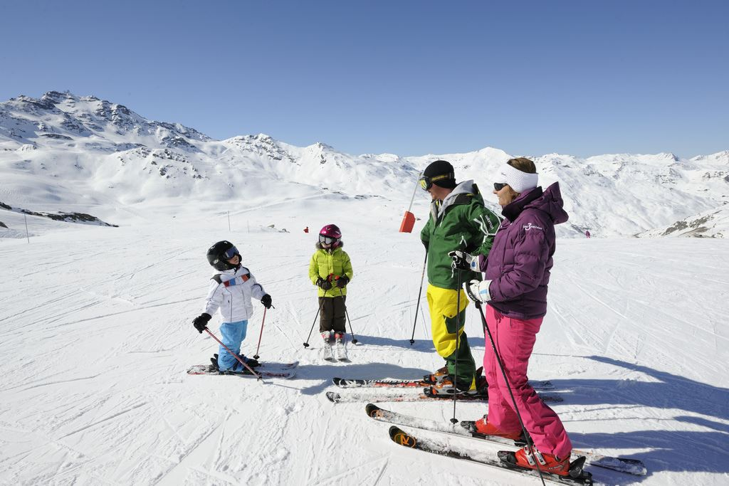 Family Pass Val Thorens: 2 parents + 2 children (from 5 to 17 years old included) - Ski insurance not included