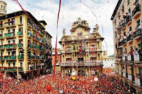 Navette en autocar pour les FETES DE PAMPELUNE par le Basque Bondissant - Départ Journées du 6 juillet au 13 juillet