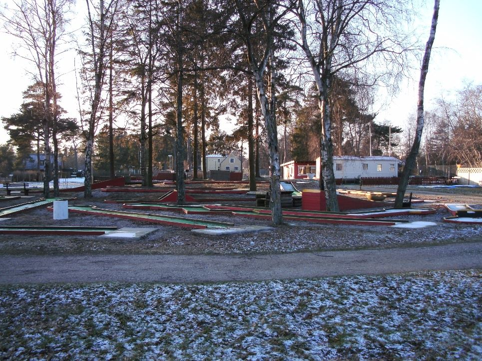 Minigolf på Skateholms camping