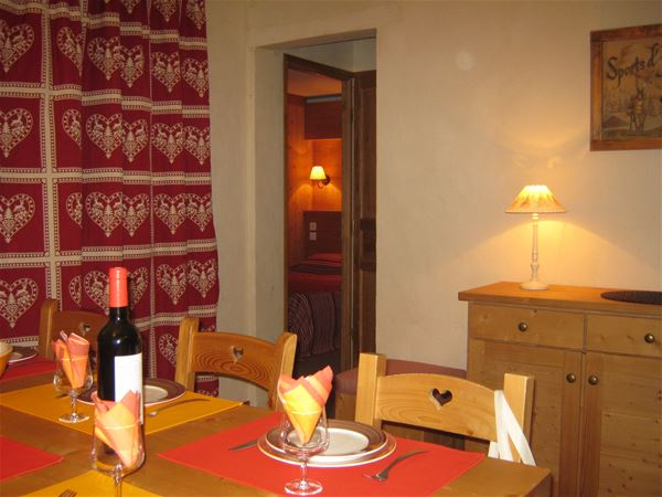 RESIDENCE LE CHAMOIS D'OR***
