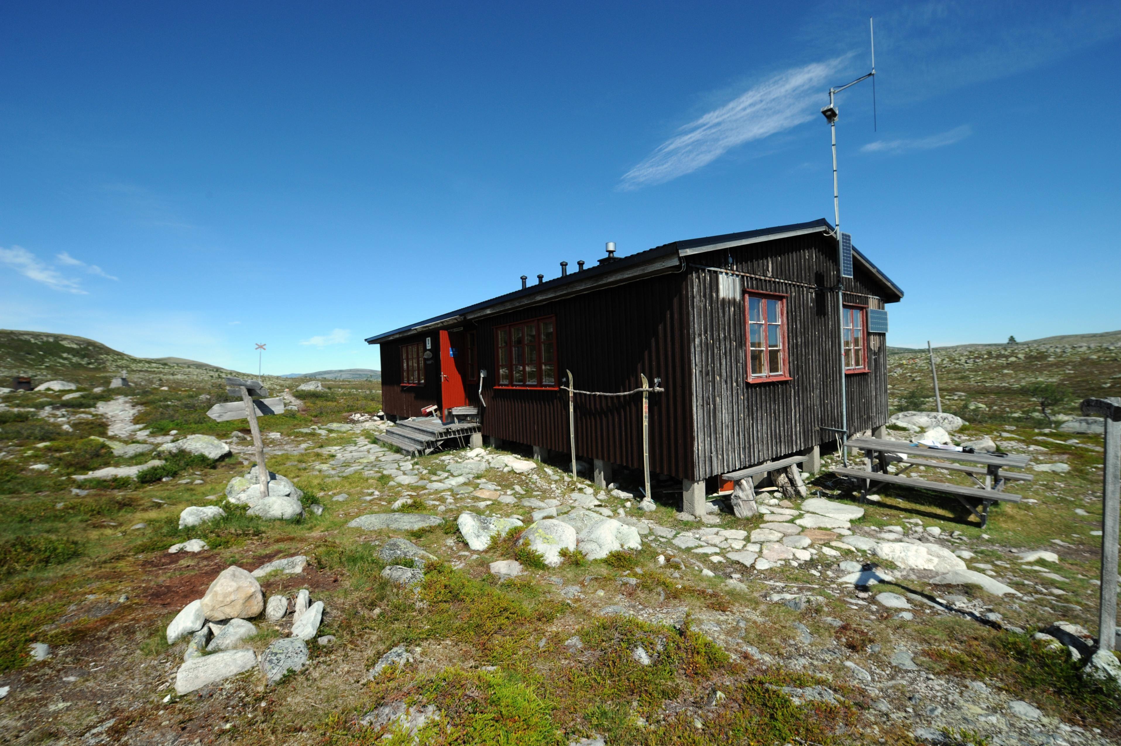 Nisse Schmidt, Storrödtjärns cabin