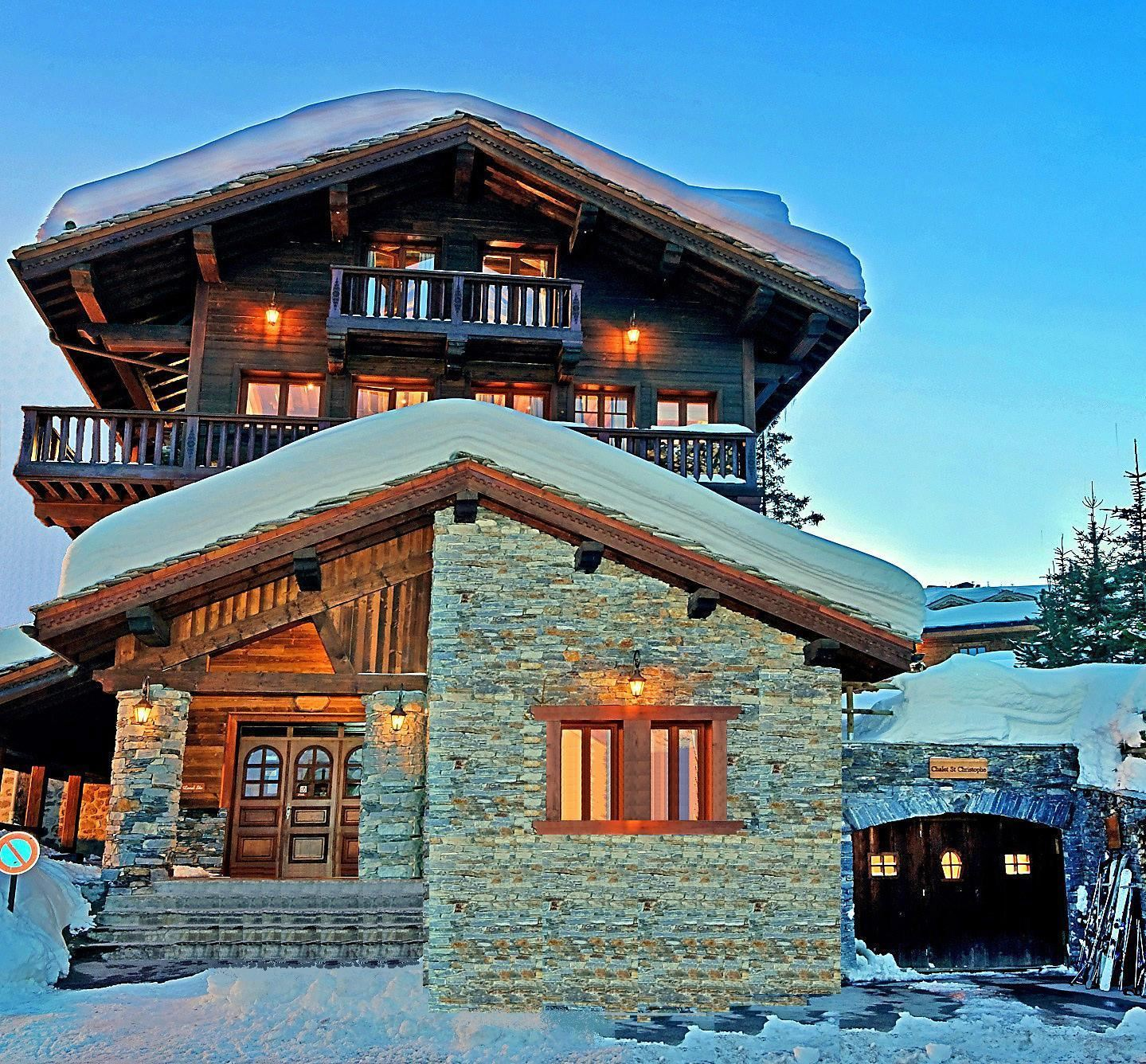 9 rooms, 12 people / CHALET SAINT CHRISTOPHE (Mountain of Dream)