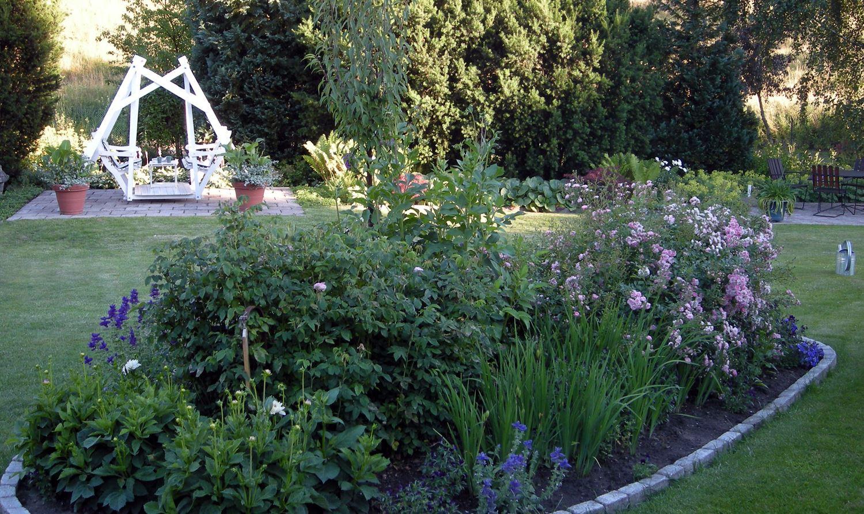 Eva och Göran Dehlins trädgård