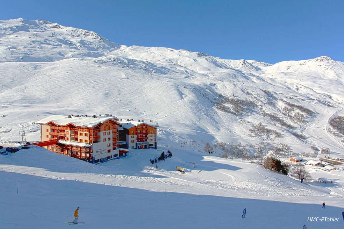 "Residence ski-in ski-out / LE CHALET DU MONT VALLON SPA RESORT (4,5 Snowflakes ""Gold"")"