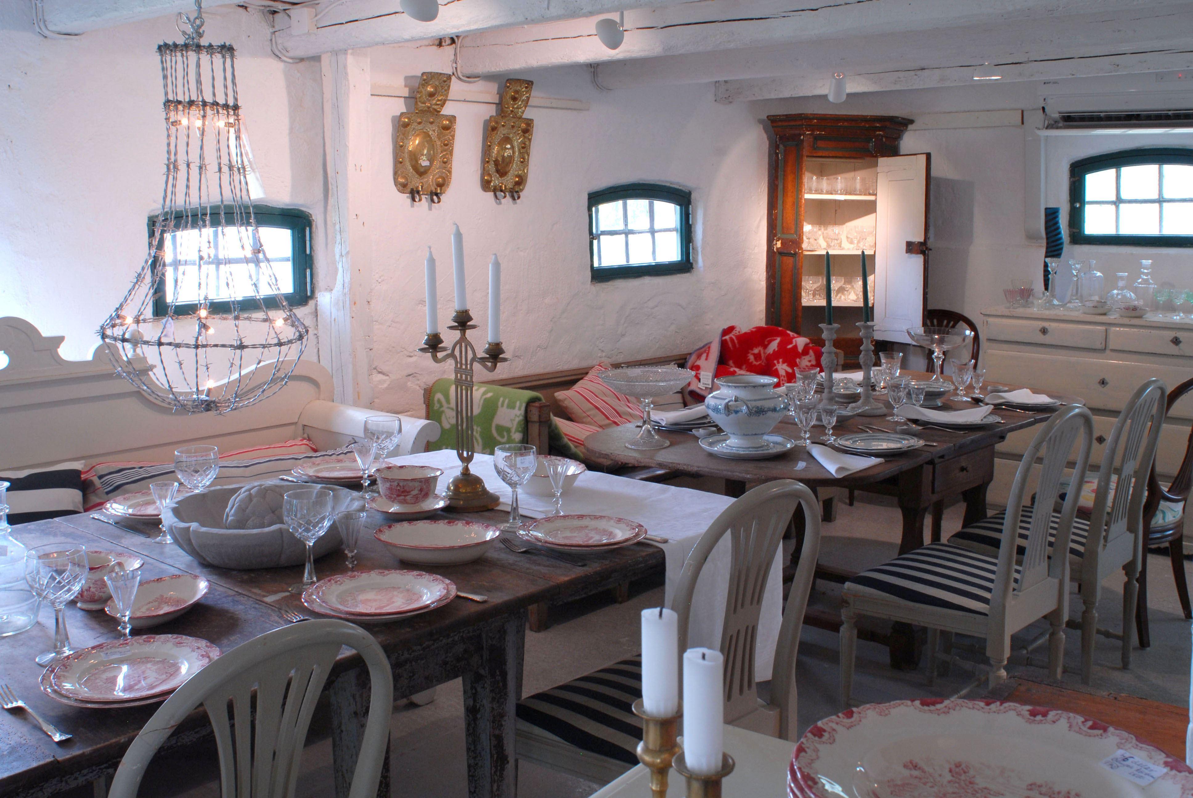 Antikt och Design in Kämpinge