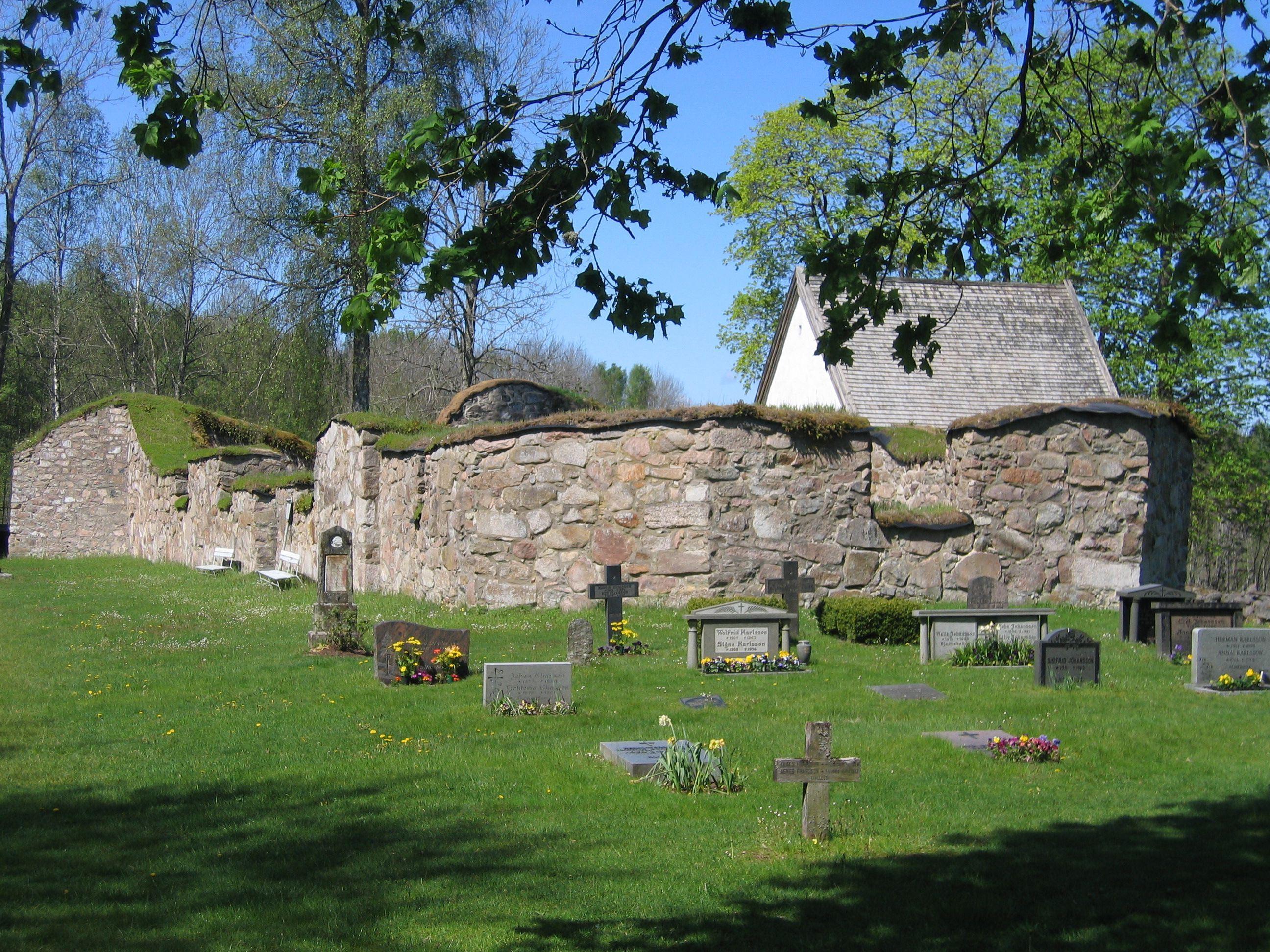 Älmeboda Church Ruin
