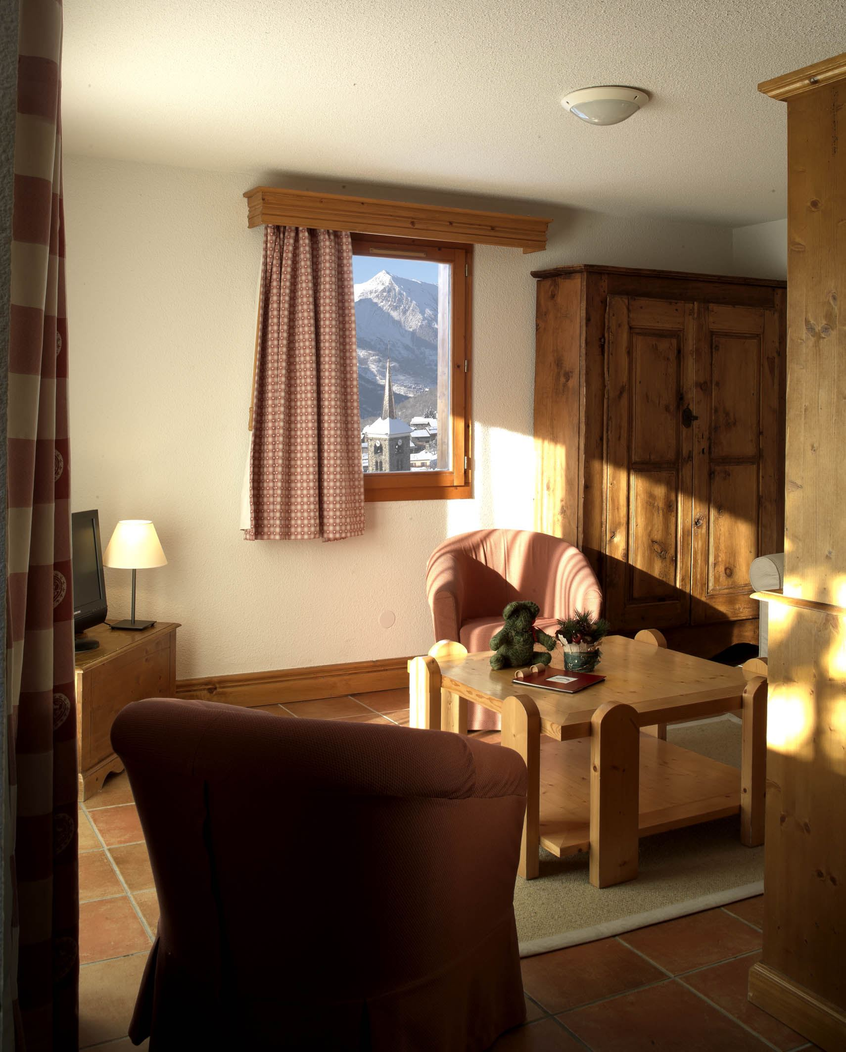 Residence ski-in ski-out / HOTEL SAINT MARTIN