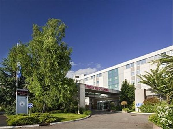 Mercure Roissy en France ホテル
