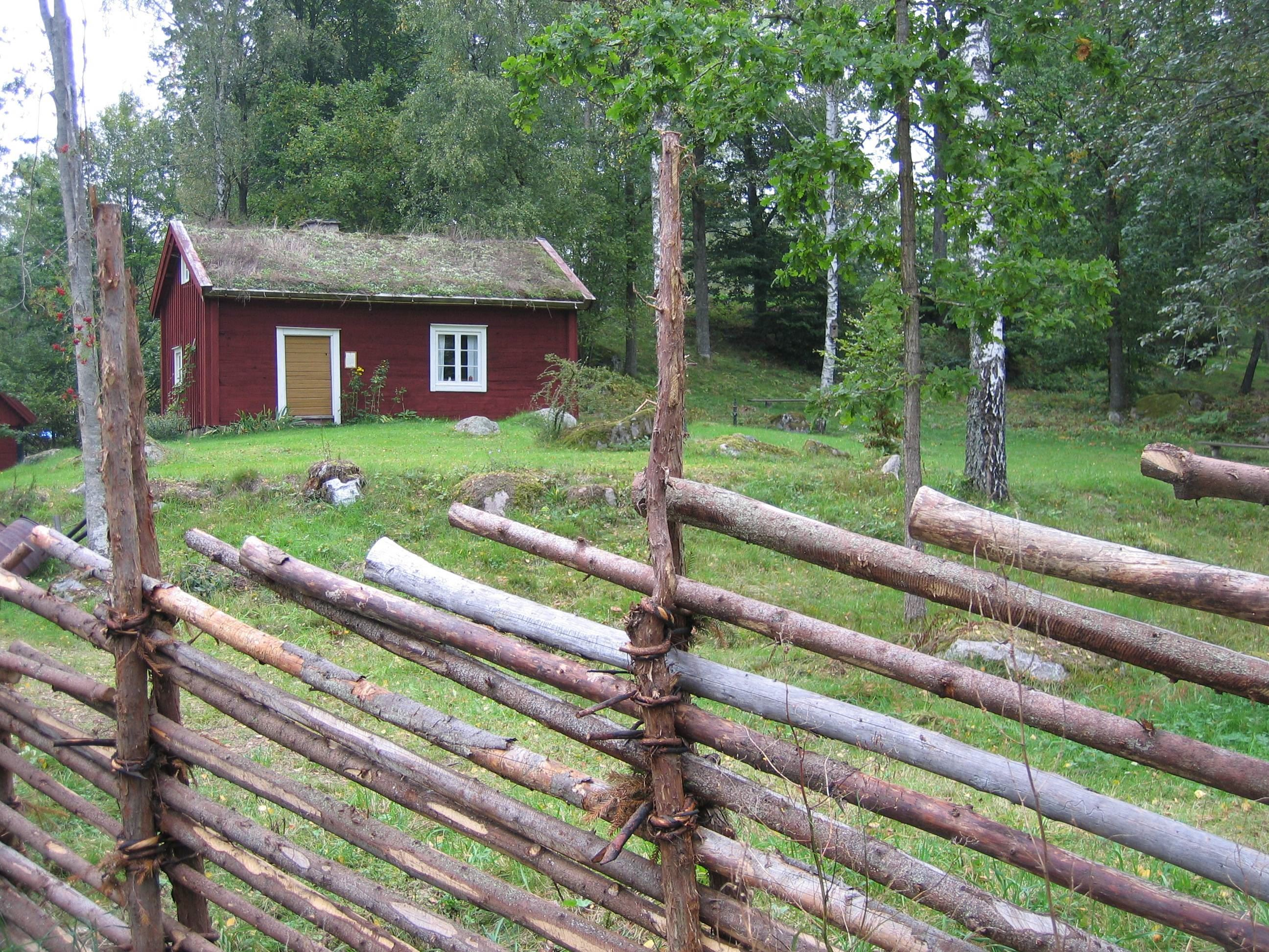 Roger Söderling,  © Älmeboda Hembygdsförening, Hembygdsgården i Älmeboda