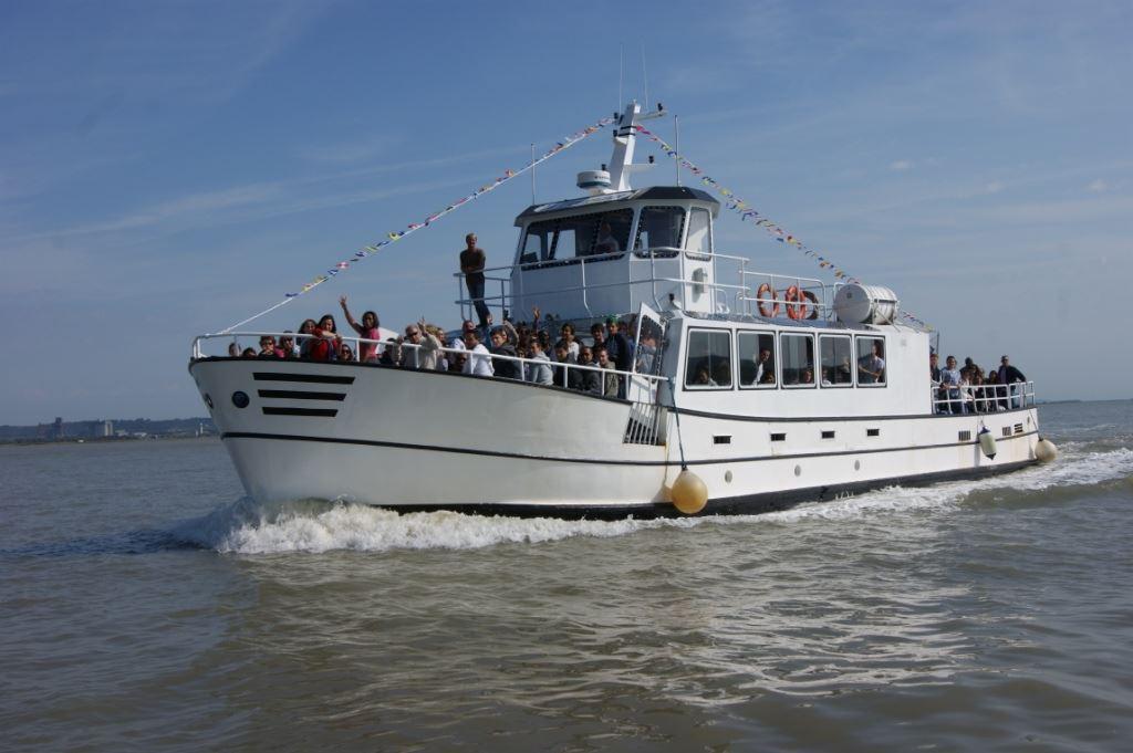 """Croisière Feu d'Artifice à Bord du bateau """"La Lieutenance"""""""