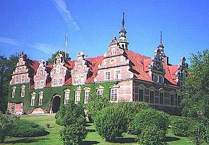 Internet Sylve Åkesson, Wrams Gunnarstorp Castle