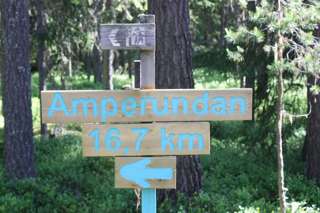 Amperundan, Mora - vandringsled