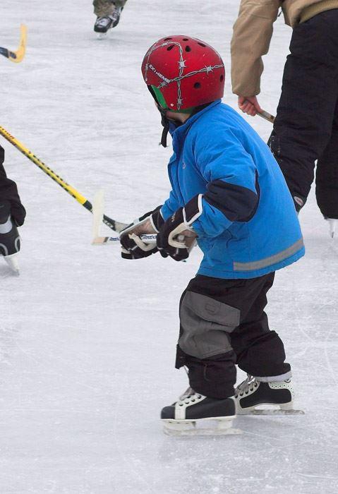 Lugnevi - Ronneby ice rink