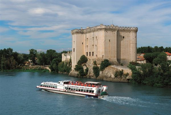 DAY EXCURSION TO TARASCON - LUNCHEON CRUISE