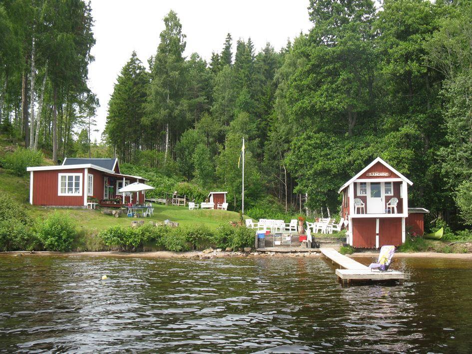 Ferienhaus mit Seegrundstück am Vättern