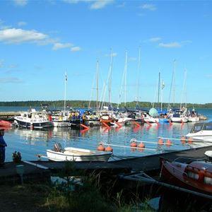 Lakhamn, Guest Harbour