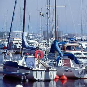 Fliskar bathamn