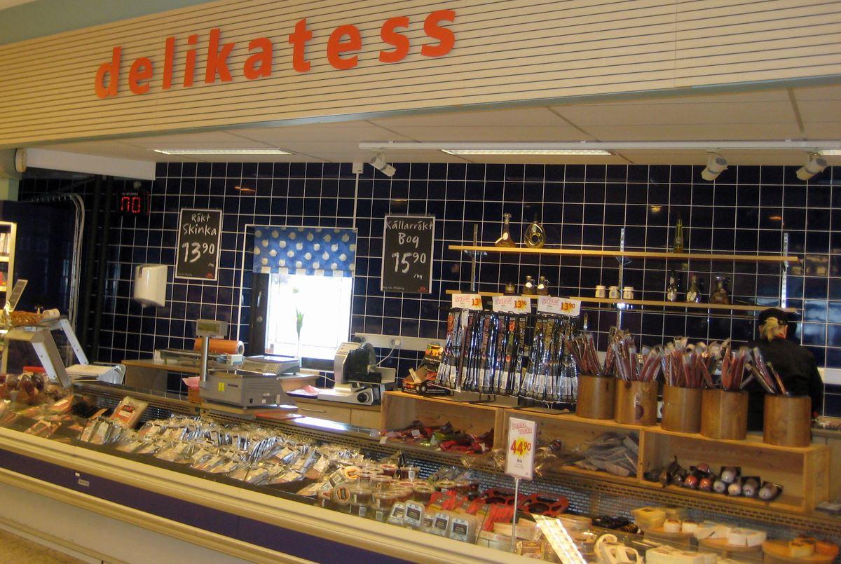 Ulla-Märta Tall, ICA Supermarket
